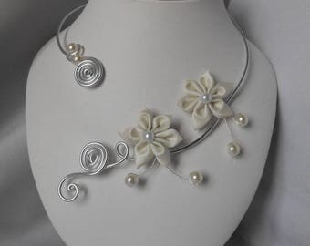 Wedding necklace FLEURA in ivory and silver