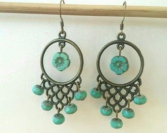 Earrings pearls of Bohemia and lagoon blue flowers