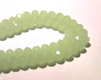 """40 glass beads pumpkin way water - F53 """"jade"""" - green - 6 mm - faceted"""