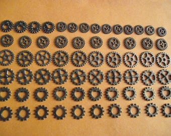 Set of 64 charms steampunk watch gear, bronze color. (ref: n 58)