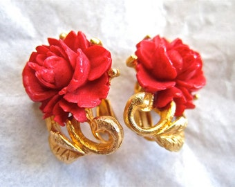 50-60s Red Rose Earrings Gold Tone Clip On