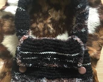 Knitted handmade handbag by Naravaite