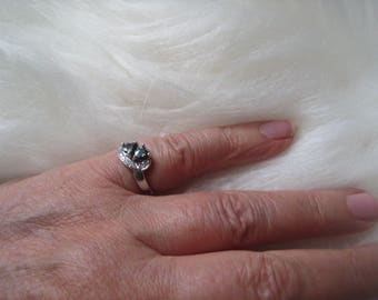 modern silver ring white gold plated with synthetic Alexandrite and white Sapphire
