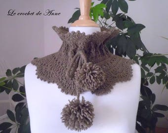 Choker / Brown taupe snood adorned with tassels!