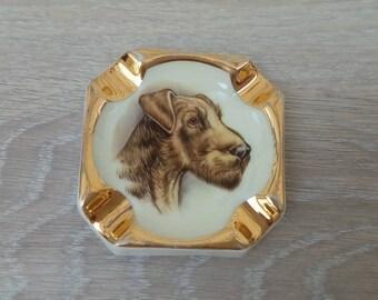 Ashtray vintage depicting a dog