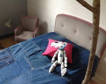 Headboard upholsterer for girl, pink taupe velvet border and clear.