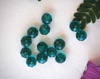 13 transparent dark green crystal glass beads with facets, 10x8mm