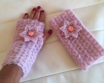 Pink mittens powder mohair/silk yarn