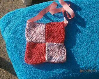 retro crochet shoulder bag