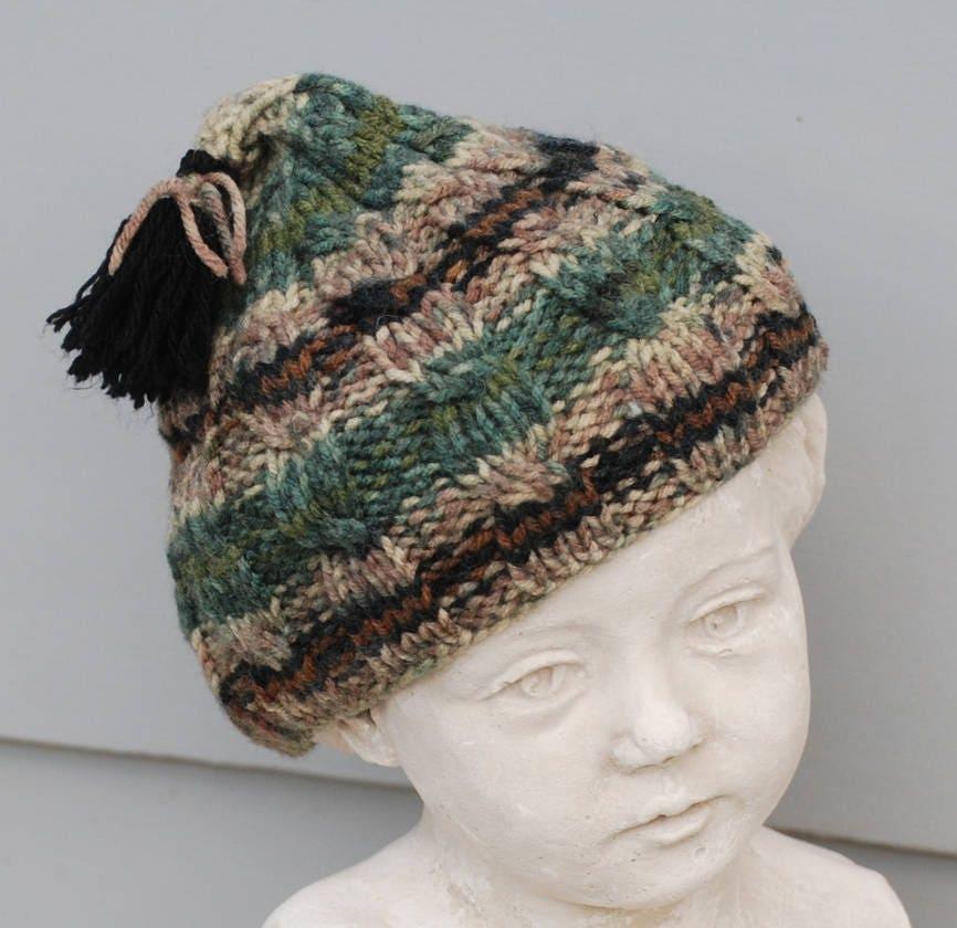 bonnet pompon laine multicolore tricot main. Black Bedroom Furniture Sets. Home Design Ideas
