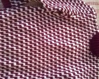 Handmade sweater child Burgundy and white