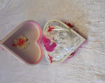wedding ring cushion in white and Fuchsia heart