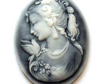 Cabochon cameo woman antique (30x40mm)