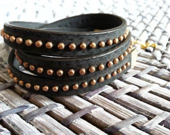 Studded black leather bracelet 3 laps