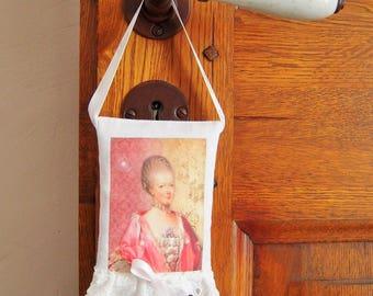 To hang, lavender sachet Marie-Antoinette pattern