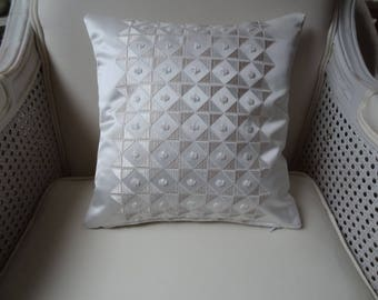 30cmx 30cm quality fabrics coordinated off white pillow cover