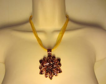 Yellow and copper necklace