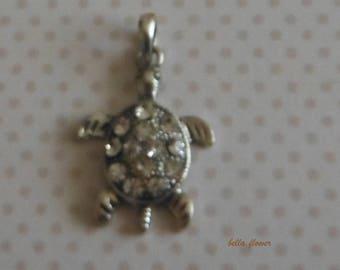 Rhinestone TURTLE pendant