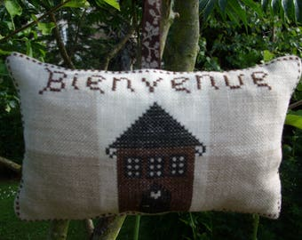 DOOR welcome embroidered cushion