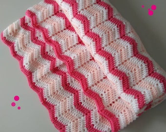 Chevron stitch baby blanket.