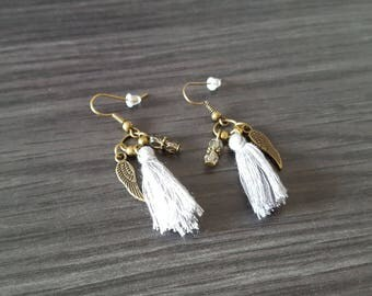 Earrings tassel winged grey