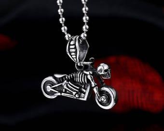Beautiful 316 L motorcycle biker skull motorcycle stainless steel necklace
