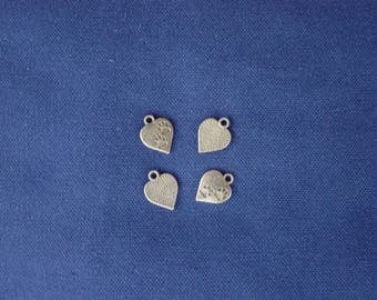4 heart charms paw prints dog / cat