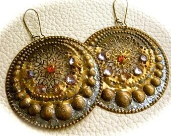 Shields of Alcinoe metal rhinestone earrings