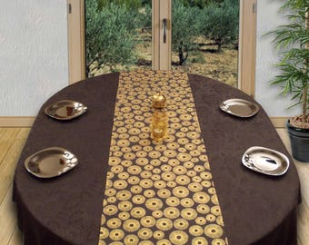 Table runner sparkling metal rays in the dark/stars light black silver and gold.