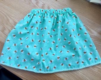 Beautiful bee print skirt