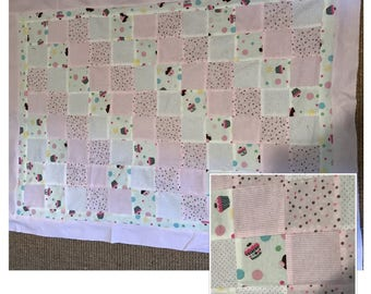 Cupcakes Baby Quilt / Blanket