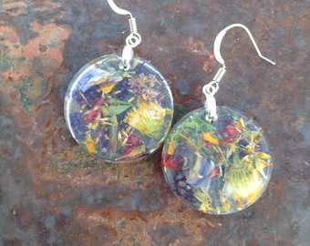 Real dried flower earrings. Resin jewelry. Dried flower earrings. Flower earrings. Dangle earrings.
