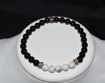 Black onyx and howlite bracelet on 1 mm elastic