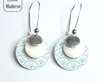 Earrings blue Asian motif