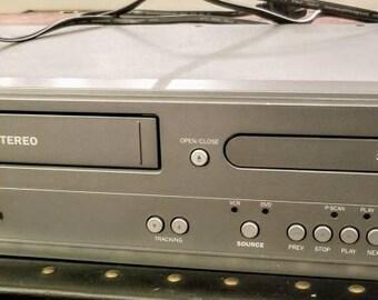 Magnavox DV225MG9 DVD/VCR Combo