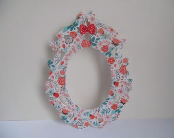 floral deco wood frame and bow