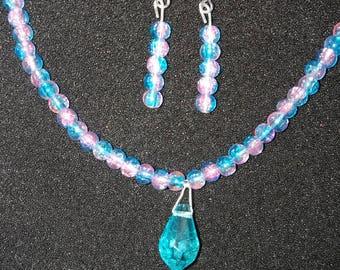 96. Pendant Necklace & Earrings Set