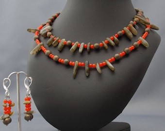 "Choker necklace set double wire ""catch me"" orange and khaki glass beads"