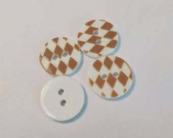 Buttons 4 round Brown and white geometric patterns