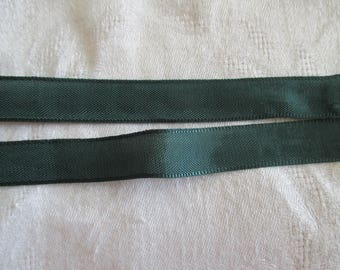 10 m Green Ribbon extra strong 1.5 cm wide