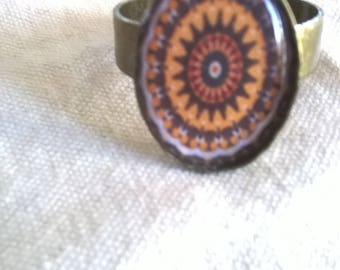 bronze rose beige and Brown resin cabochon ring