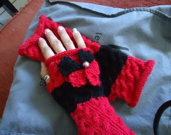 On order: fingerless gloves knitted black flower and red hands