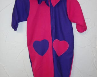 Costume clown fuchsia and purple with heart