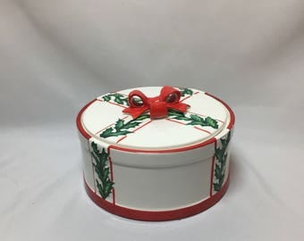 Lefton Christmas Covered Candy Dish