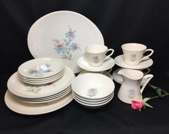 4 Place Settings + Serving Pieces Fairlaine by Steubenville - 23 pieces