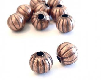x 20 round metal beads hollow 8mm