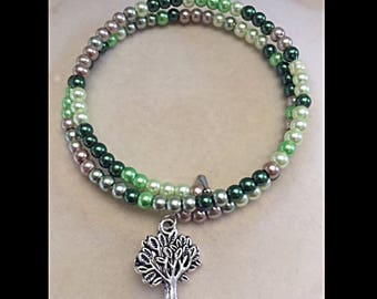 """Bracelet double row """"tree of life"""" and beads of glass."""