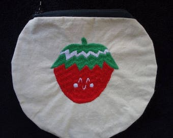 Round Fraisichou embroidered clutch