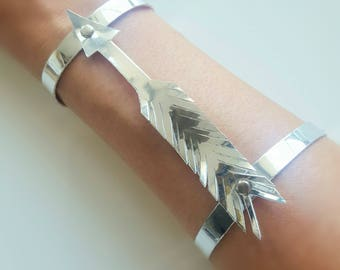 Faux Leather Silver Feather Bracelet