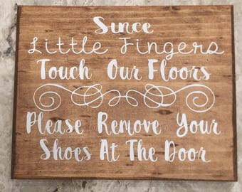 Wood sign shoes off